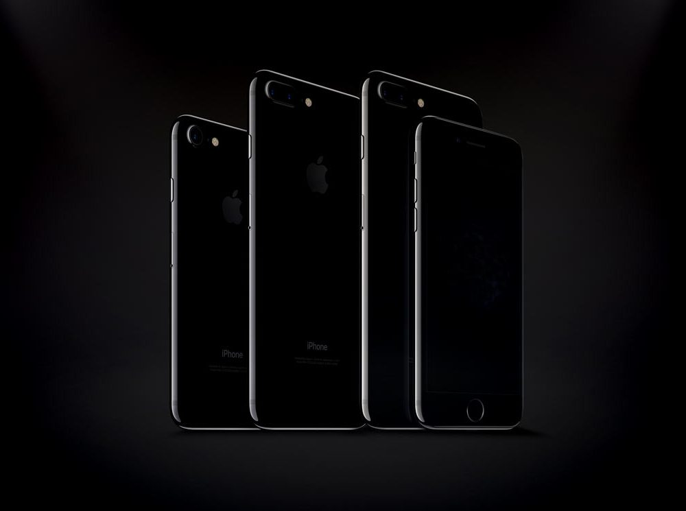 iPhone 7 and iPhone 7 Plus Jet Black free PSD