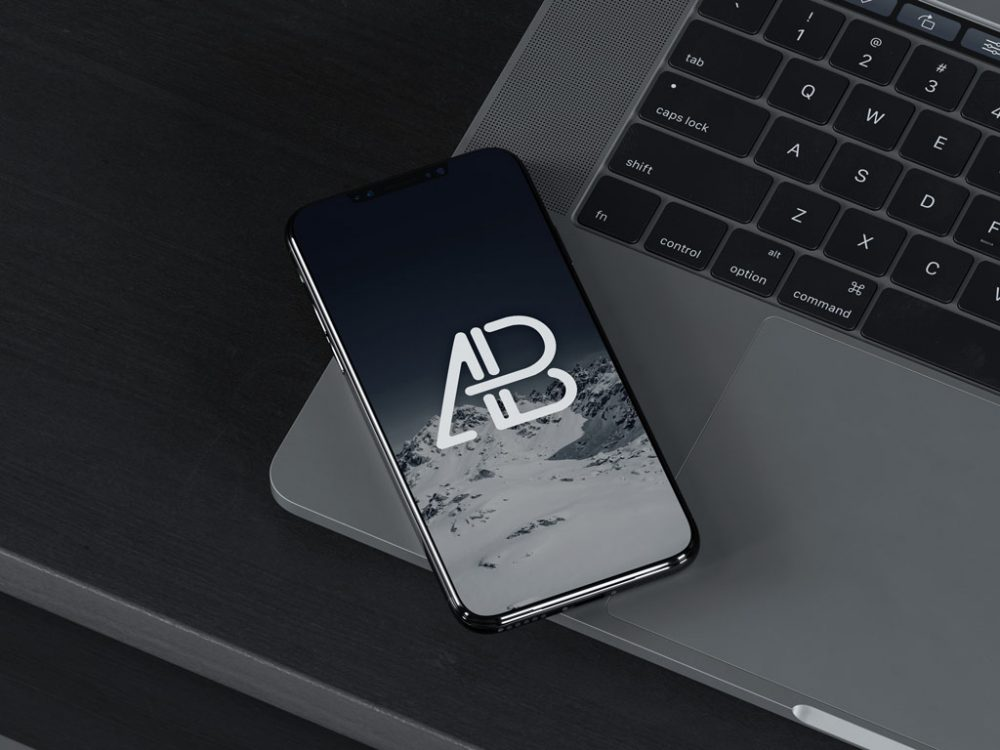 iPhone 8 on MacBook free PSD