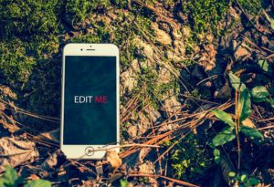 Outdoor iPhone free PSD