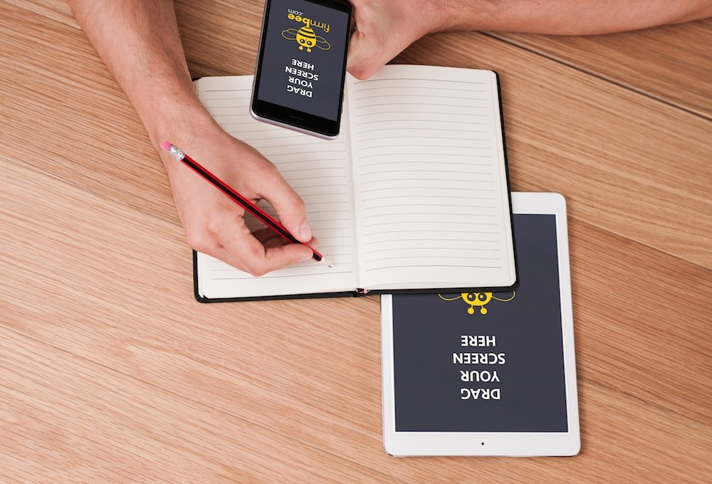Taking Notes with iPhone & iPad Mockup