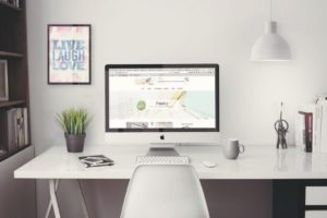 iMac Mockup Free Set – for Professional Presentation